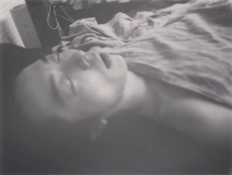 キムジェウクの寝顔