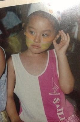 幼少期のキムジウォン