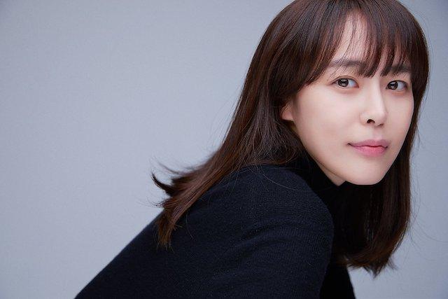 韓国女優イハナ
