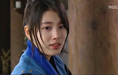 九家の書~千年に一度の恋~』でタムヨウル役を演じたペスジ