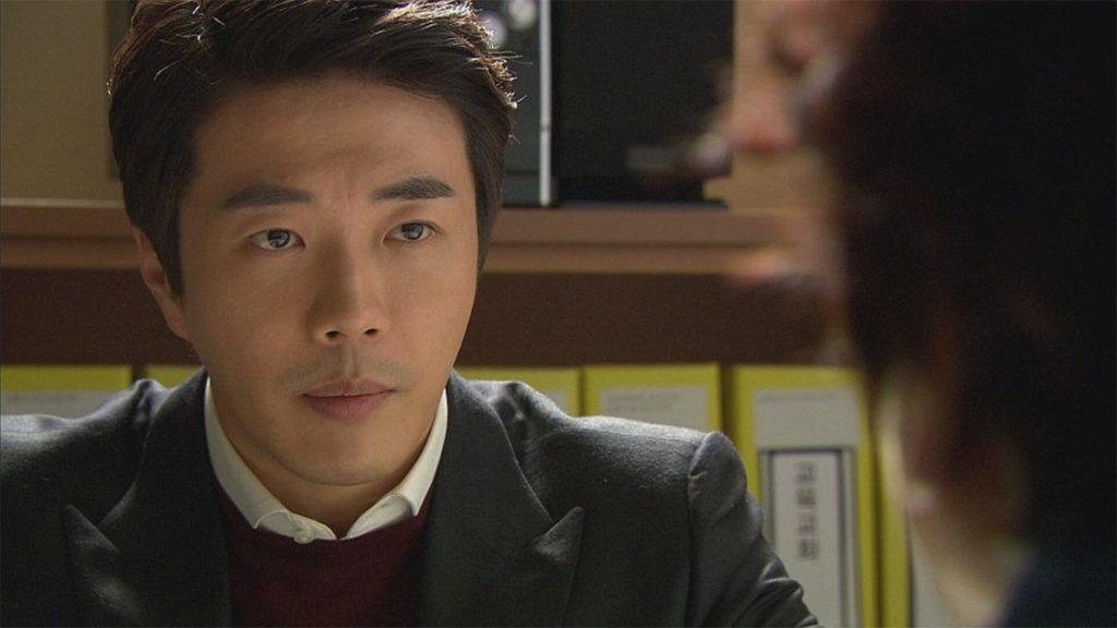 ジェウン役のクォンサンウ
