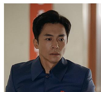 チョン・マンボク役のキム・ヨンミン