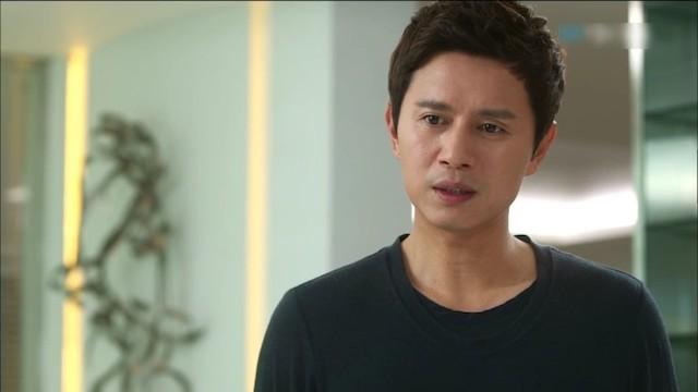 チェ・ユン役のキム・ミンジョン