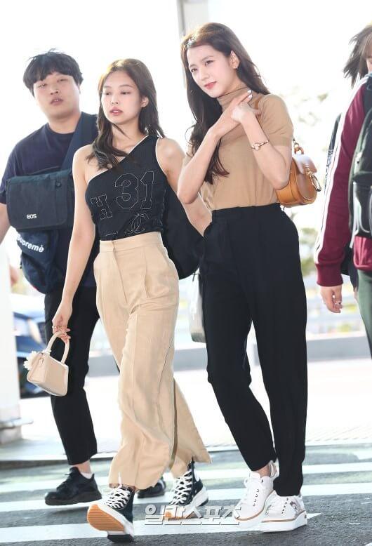 BLACKPINKジスの大人な空港ファッション