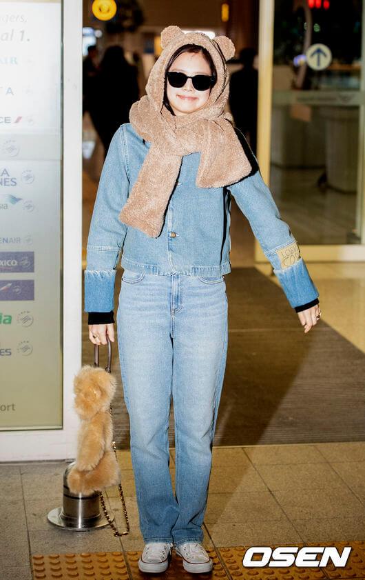 BLACKPINKジェニの可愛すぎる空港ファッション