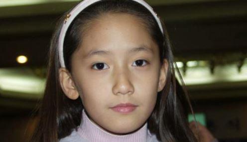 小学生時代のユナ