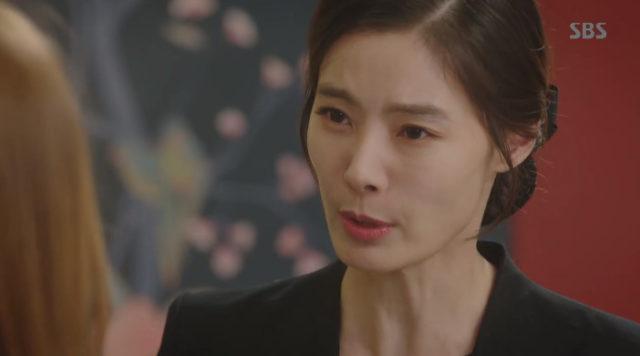ガンヒ役のユンソイ