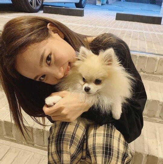 ナヨンと愛犬のクック