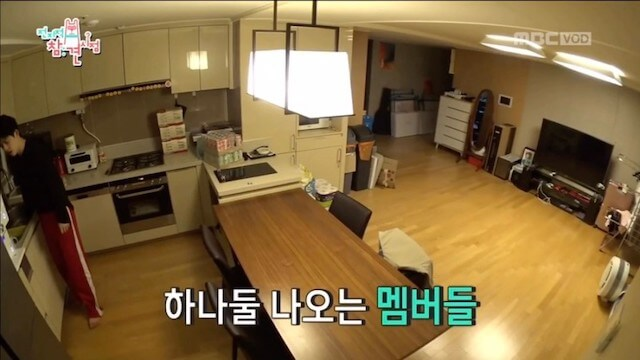 SEVENTEEN宿舎6階のキッチン