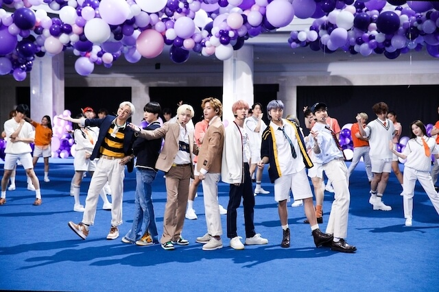 BTSの英語曲『Permission to Dance』